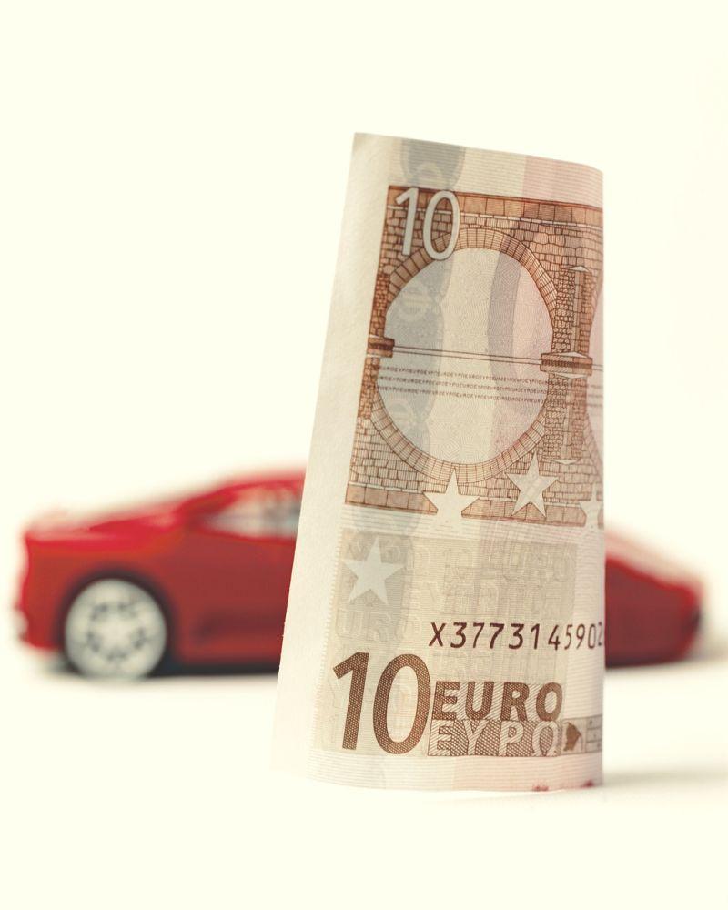 Kredyt gotówkowy czy pożyczka pod zastaw samochodu - wybierz formę finansowania auta